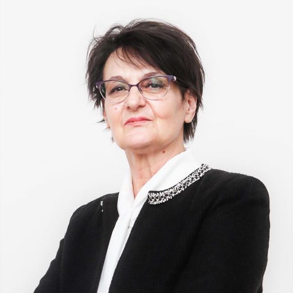 Eлена Кръстева