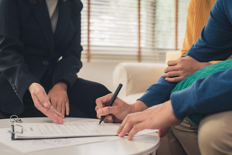 Какви са задълженията на брокера на недвижими имоти?