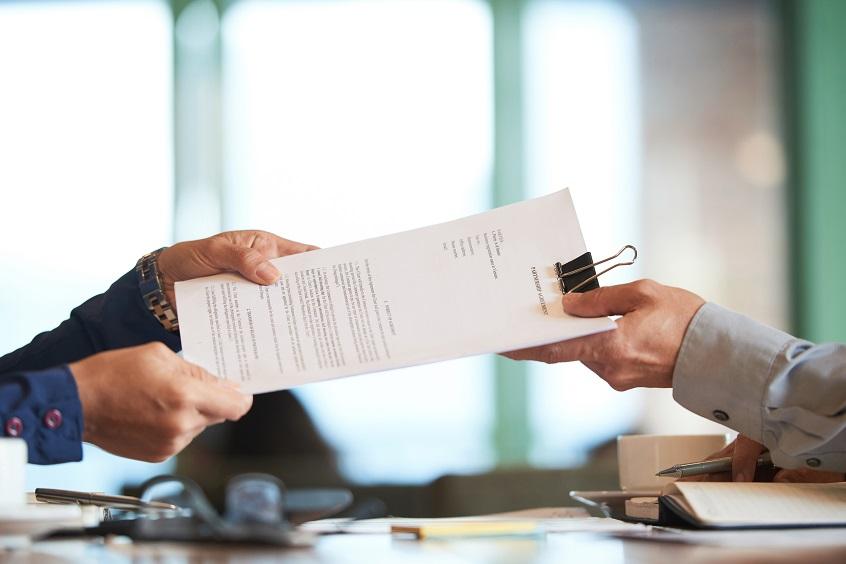 Трябва ли да сключим предварителен договор при продажбата на имот?