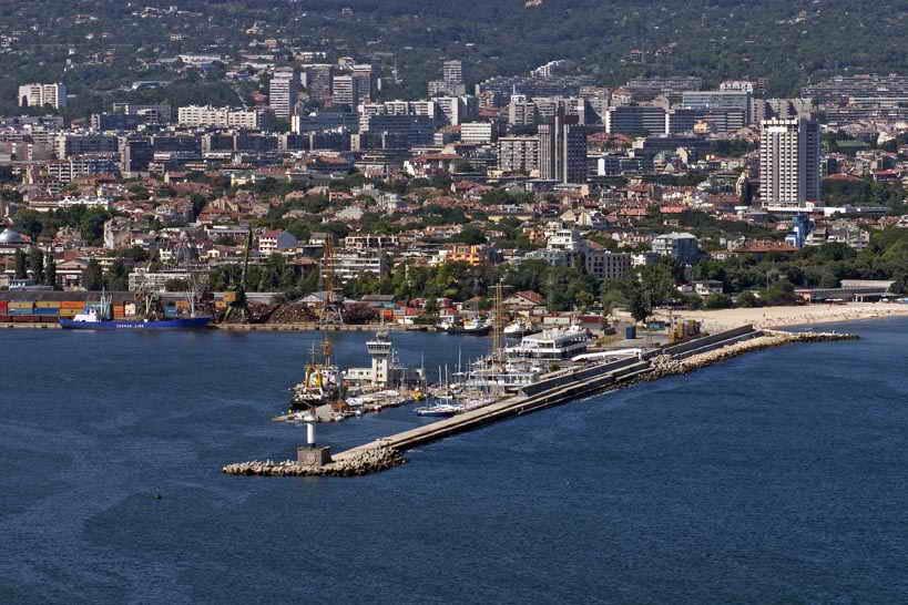 Варна с най-скъпи жилища в провинцията
