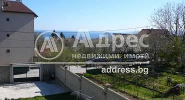 Тристаен апартамент, Варна, м-ст Траката, 520010, Снимка 1
