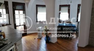Тристаен апартамент, Варна, Погребите, 462011, Снимка 1