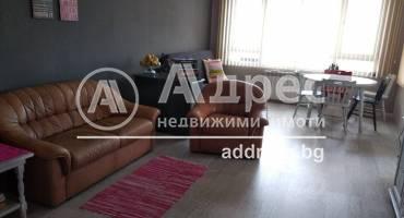 Двустаен апартамент, Варна, Възраждане 1, 476016, Снимка 1