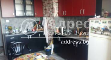 Тристаен апартамент, Ямбол, Граф Игнатиев, 480028, Снимка 1