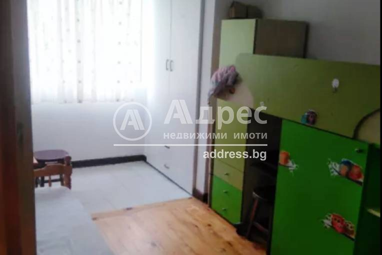 Тристаен апартамент, Благоевград, Освобождение, 452051, Снимка 1