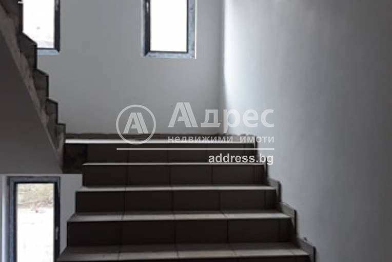 Тристаен апартамент, Велико Търново, Център, 478057, Снимка 2