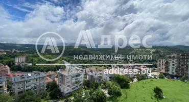 Тристаен апартамент, Велико Търново, Център, 519062, Снимка 1