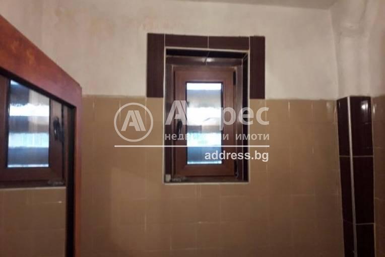 Двустаен апартамент, Благоевград, Широк център, 479080, Снимка 3