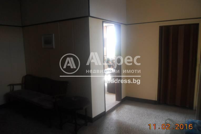 Офис Сграда/Търговски център, Добрич, Добротица, 294105, Снимка 1