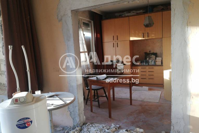 Тристаен апартамент, Хасково, Куба, 264112, Снимка 3