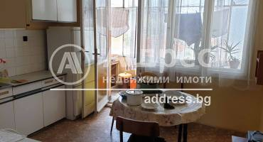 Тристаен апартамент, Пазарджик, Център, 457112, Снимка 3