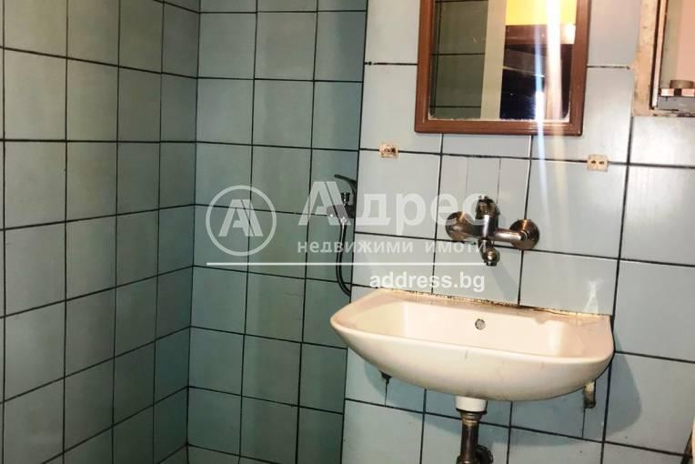 Двустаен апартамент, Благоевград, Орлова чука, 489122, Снимка 10