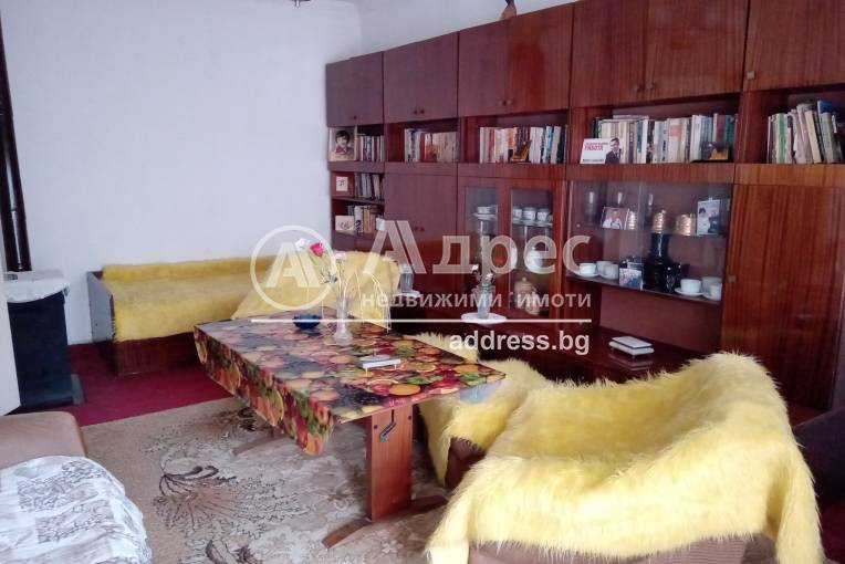 Двустаен апартамент, Шумен, Боян Българанов 1, 475129, Снимка 2