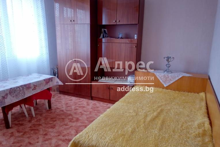 Двустаен апартамент, Шумен, Боян Българанов 1, 475129, Снимка 3