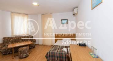 Хотел/Мотел, Бургас, Лазур, 501146, Снимка 1