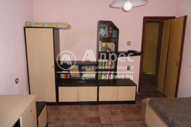 Етаж от къща, Ямбол, 244151, Снимка 1