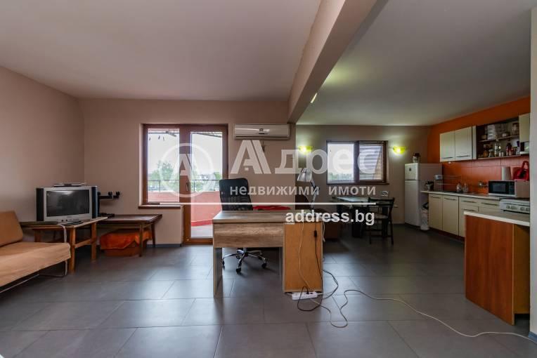 Тристаен апартамент, Варна, Левски, 446155, Снимка 1