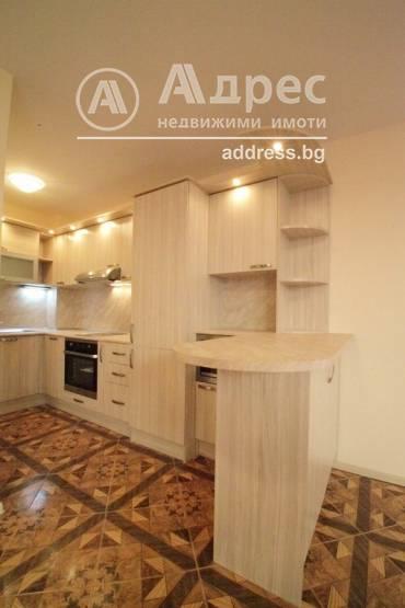 Многостаен апартамент, Балчик, Сборно място, 334164, Снимка 1