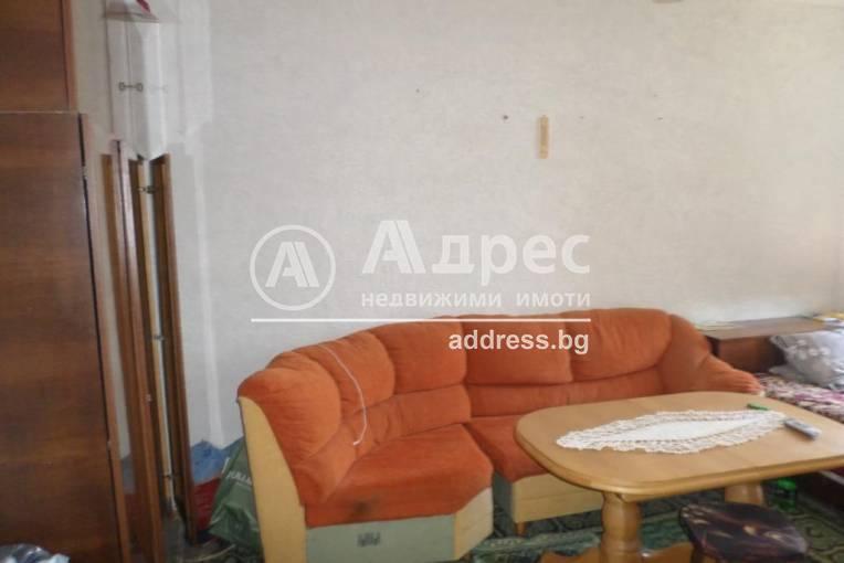 Тристаен апартамент, Каварна, 457270, Снимка 1
