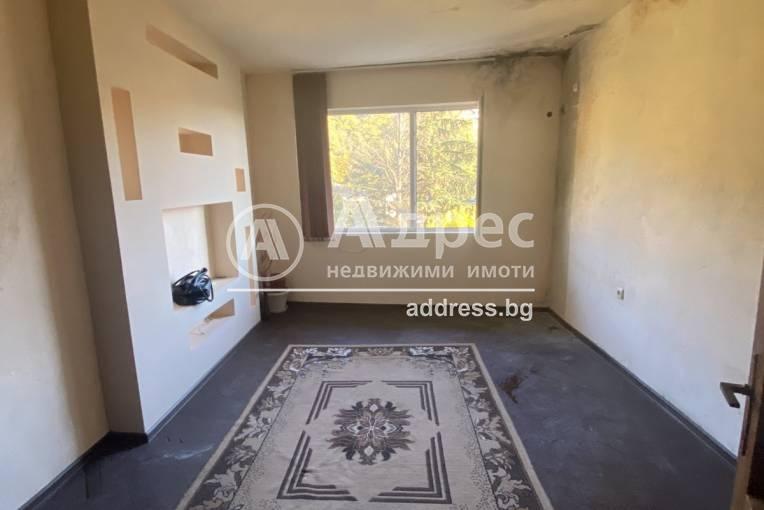 Двустаен апартамент, Благоевград, Център, 485278, Снимка 2