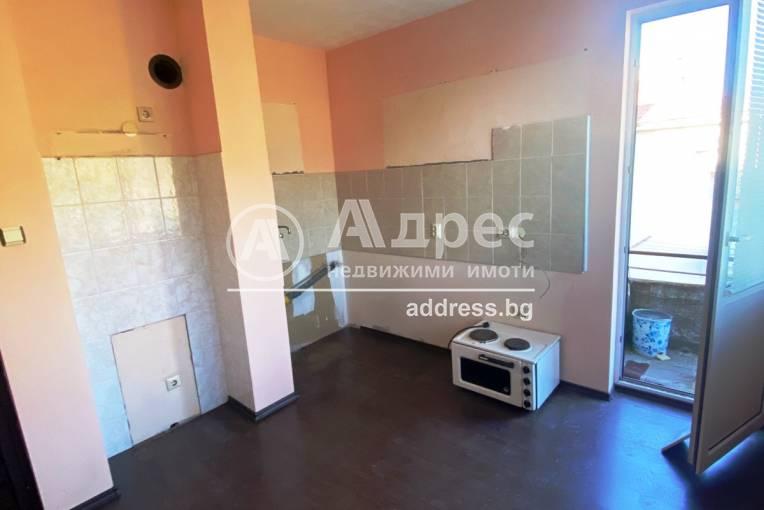 Двустаен апартамент, Благоевград, Център, 485278, Снимка 3