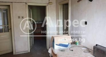 Етаж от къща, Пазарджик, Идеален център, 231298, Снимка 3