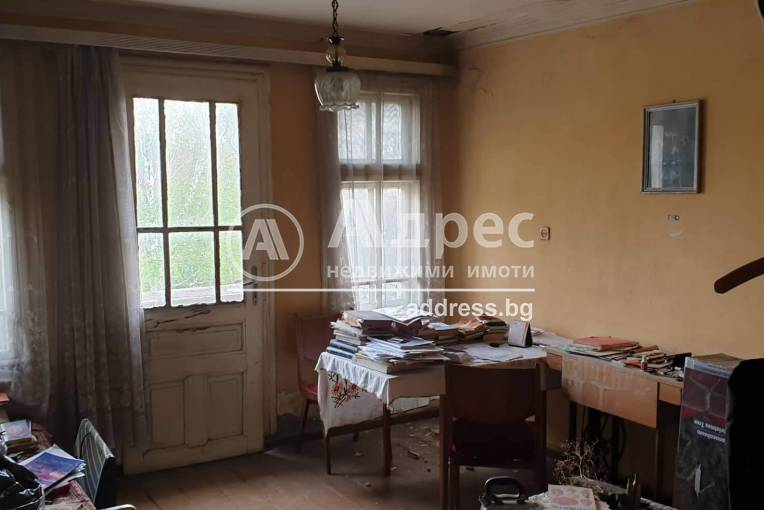 Етаж от къща, Пазарджик, Идеален център, 231298, Снимка 2