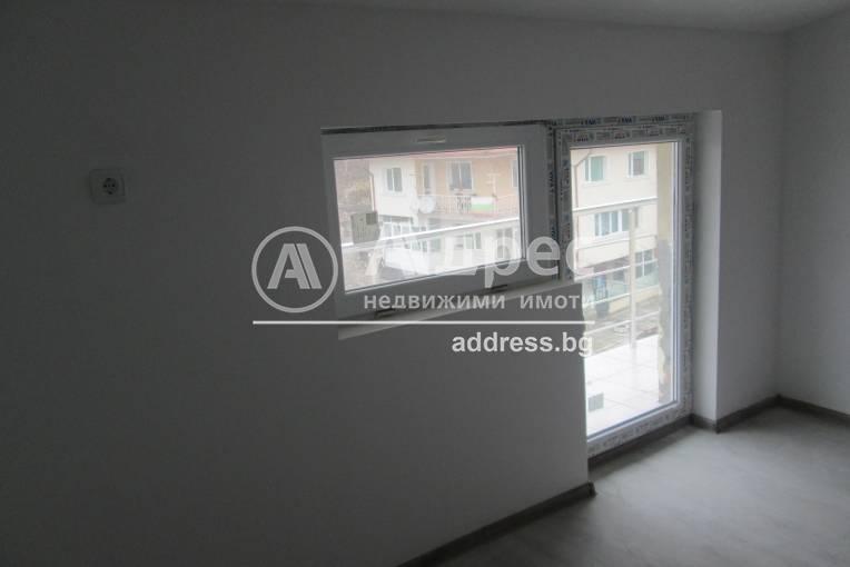 Двустаен апартамент, Балчик, Център, 451298, Снимка 1