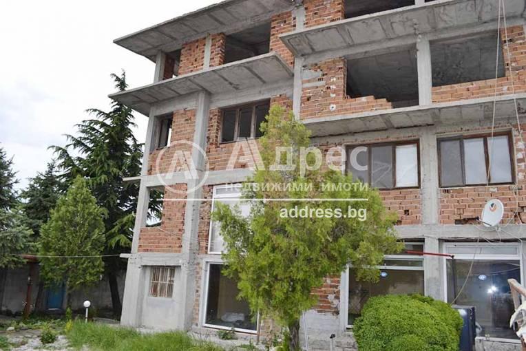 Къща/Вила, Хасково, Южна индустриална зона, 304305, Снимка 1