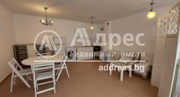 Двустаен апартамент, Варна, Погребите, 513316, Снимка 1