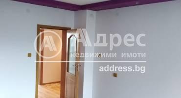 Тристаен апартамент, Шумен, Болницата, 529321, Снимка 1