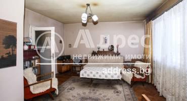 Тристаен апартамент, София, Банишора, 521337, Снимка 1