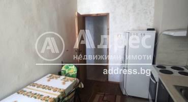 Тристаен апартамент, Благоевград, Широк център, 516375, Снимка 7