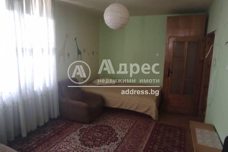 Тристаен апартамент, Благоевград, Широк център, 516375, Снимка 8