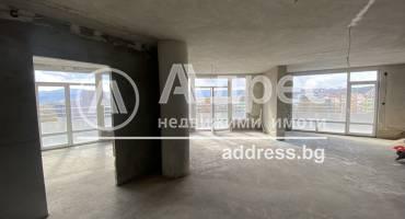 Тристаен апартамент, Благоевград, Център, 500383, Снимка 1