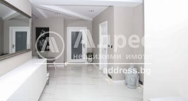 Многостаен апартамент, София, Борово, 491411, Снимка 1