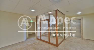 Офис Сграда/Търговски център, София, Център, 276419, Снимка 2