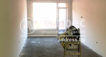 Тристаен апартамент, Благоевград, Център, 500431, Снимка 1