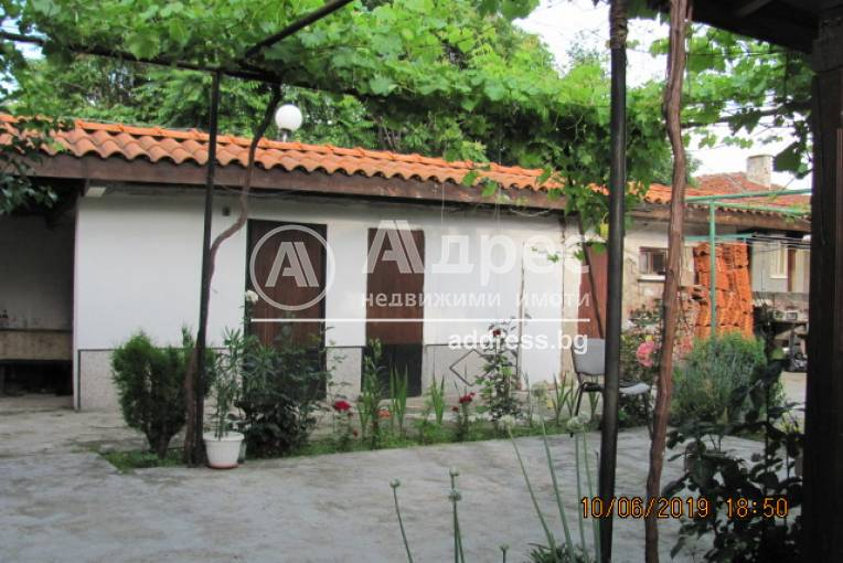 Къща/Вила, Карлово, 453434, Снимка 3