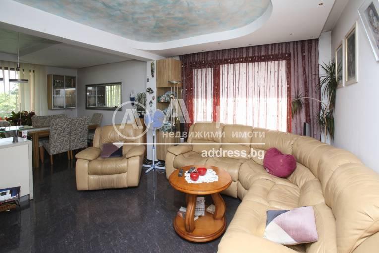Тристаен апартамент, София, Надежда 2, 488436, Снимка 1