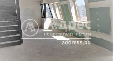 Тристаен апартамент, Варна, Център, 504445, Снимка 1