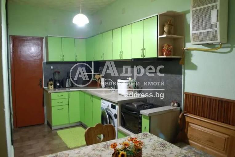 Етаж от къща, Ямбол, 477498, Снимка 1