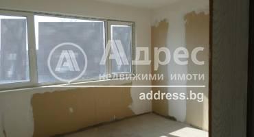 Двустаен апартамент, Каварна, 241505, Снимка 1