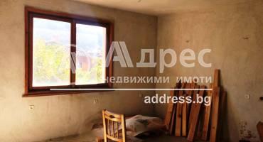 Тристаен апартамент, Благоевград, Център, 262509, Снимка 2