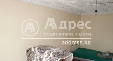 Двустаен апартамент, Разград, Орел, 519509, Снимка 1