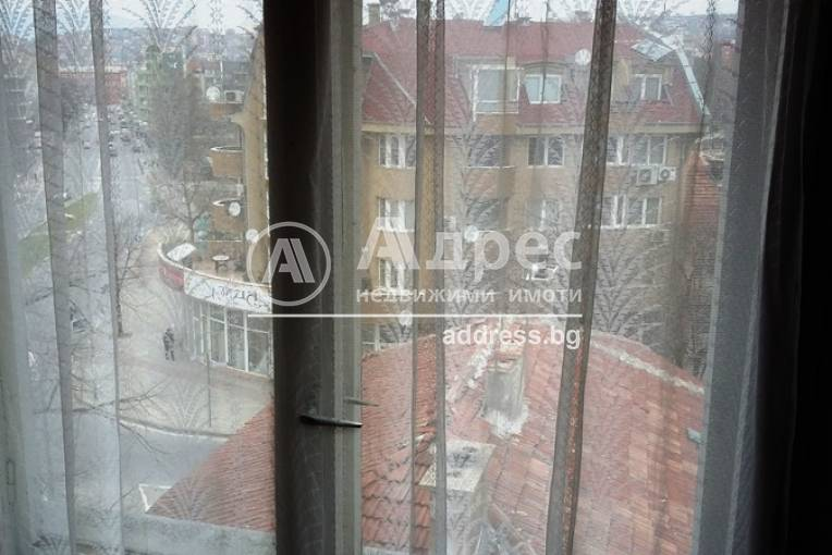Тристаен апартамент, Благоевград, Широк център, 442520, Снимка 3