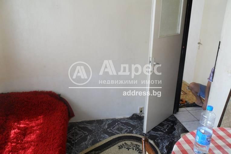 Тристаен апартамент, Ямбол, Златен рог, 169524, Снимка 15