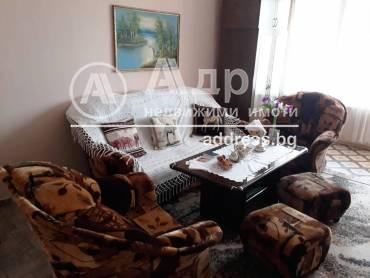 Двустаен апартамент, Ямбол, Д-р Д.Дончев, 415548, Снимка 1