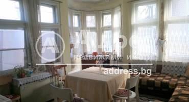 Тристаен апартамент, Ямбол, Център, 472553, Снимка 1