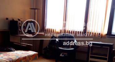 Тристаен апартамент, Варна, Колхозен пазар, 433555, Снимка 1